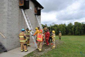 basic firemanship class reviewing ladders